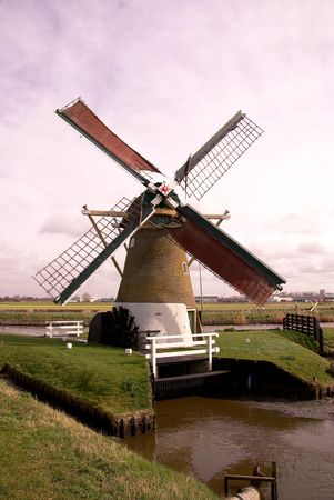 polder: a water mill in the polder