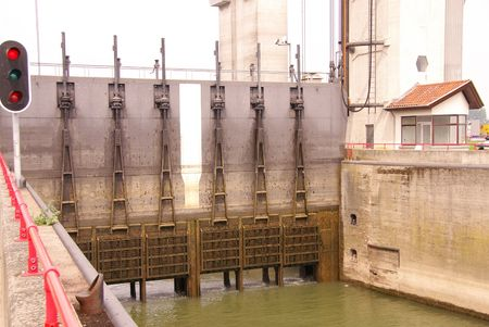 nautical structure: A lock chambers complex between a river and a canal Stock Photo