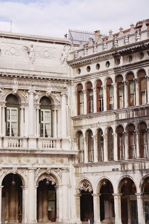 nuove: Procuratie Vecchie and Nuove in Venice, Italy