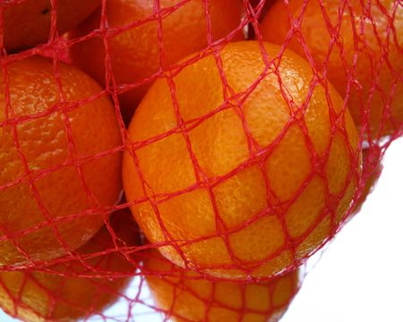 graphical: Tangarines in a net with a mirror image