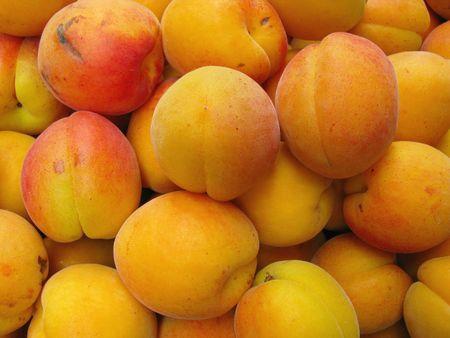 Yellow plums Stock Photo - 5280912