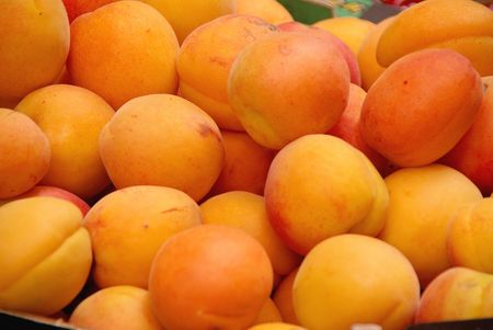 Yellow plums Stock Photo - 5280936