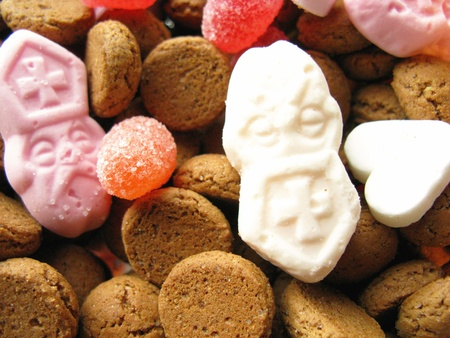Ginger nuts and candies from Sinterklaas Stock Photo - 12585303