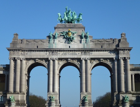 The triumphal arch in the park of the filthiest anniversary in Brussels in Belgium photo