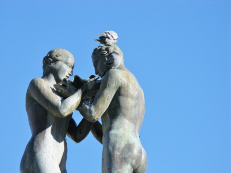 amore: A detail of the lovers fountain in Lecce in Italy