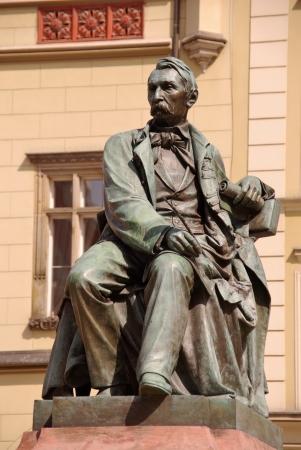 fredo: Una statua di Alessandro Fredo a Wroclaw in Polonia