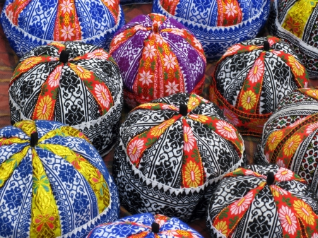 Handicraft heads on a market in Vietnam Stock Photo - 17259117