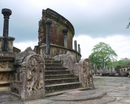 The historic Vatadage  a ruin of a stupa in Polonnaruwa in Sri Lanka Stock Photo - 18135904