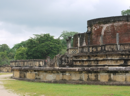 The historic Vatadage  a ruin of a stupa in Polonnaruwa in Sri Lanka Stock Photo - 18135905