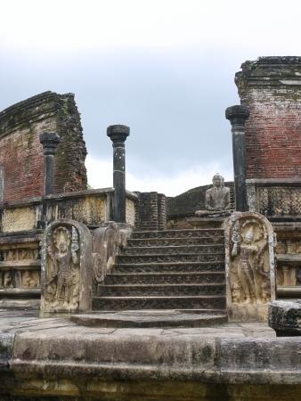 The historic Vatadage  a ruin of a stupa in Polonnaruwa in Sri Lanka Stock Photo - 18133313