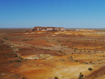 mesas: A striking rocky landscape of flat topped mesas called the breakaways near Cooper Pedy in Australian  Stock Photo