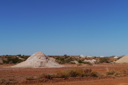 molehill: Coober Pedy is a town in northern South Australia