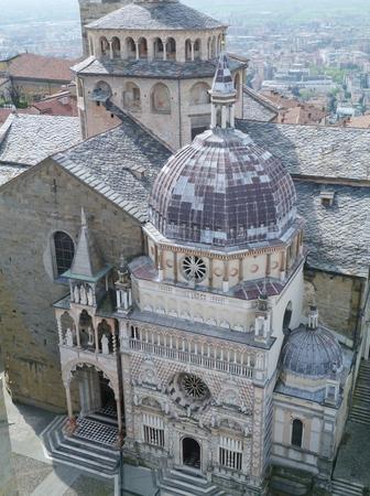cappella: La Cappella Colleoni es una iglesia y mausoleo en B�rgamo, en el norte de Italia Foto de archivo
