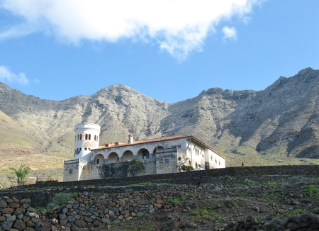 The villa winter in the Jandia nature park at the south side of the island Fuerteventura. It is one of the Canary island in the Atlantic ocean belonging to Spain Banco de Imagens