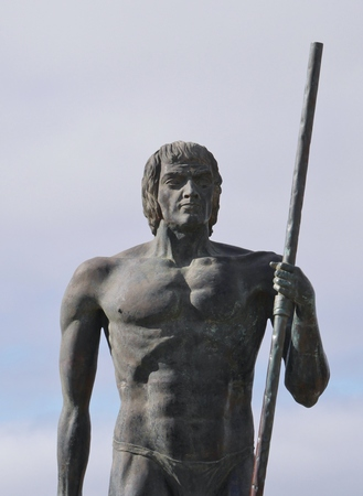 guise: The statues of the Guanche kings Ayos and Guize in Fuerteventura Stock Photo