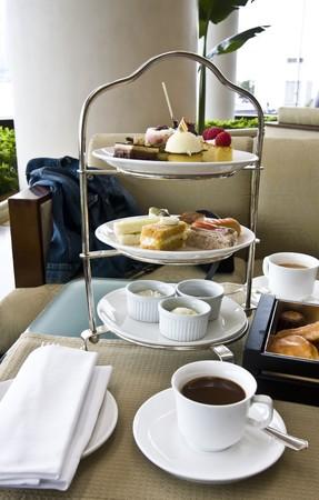red tea: Delicious afternoon tea set closeup