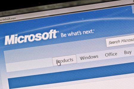 14: �stersund, Suecia - 14 de agosto de 2011: Cierre de la p�gina principal de Microsoft en una pantalla de ordenador.