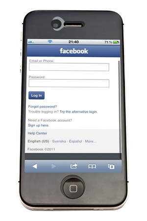 Facebook website display on iPhone 4s screen