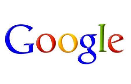 logo informatique: Logo Google affichées sur un écran d'ordinateur