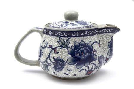 chinese tea pot: Olla de t� chino aislado en el fondo blanco Foto de archivo