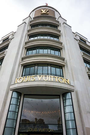 louis vuitton: Boutique di Louis Vuitton, Parigi, Francia Editoriali