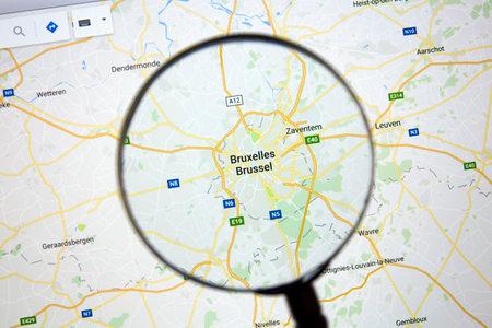 op Google Maps onder een vergrootglas