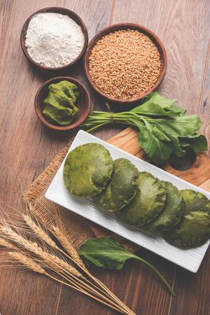 Palak Puri or Spinach Poori, indian breakfast food, selective focus
