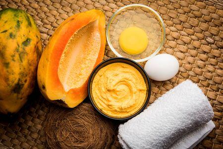Maschera viso alla papaya per il trattamento dell'acne, messa a fuoco selettiva