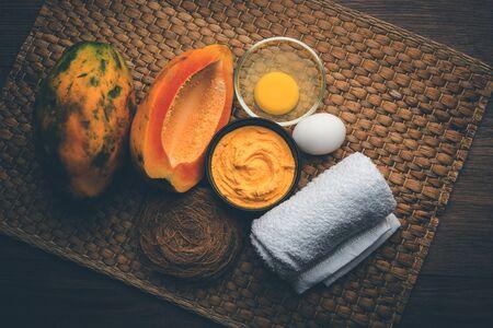 Papaya Face mask for acne treatment, selective focus