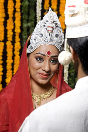 Portrait of a Bengali bride LANG_EVOIMAGES