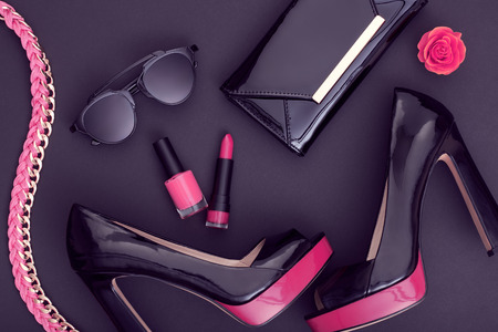 Fashion Design Woman Accessories Set. Cosmetic Makeup. Trendy fashion Sunglasses, Handbag Clutch clothes. Glamor Stylish Black Pink fashion shoes Heels. Luxury Party Night Out lady Black. Art. Minimal Zdjęcie Seryjne