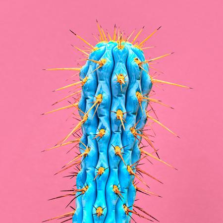 サボテンのネオン。アート ギャラリー ・ ファッション ・ デザイン。最小限の Stillife。ピンクの背景の概念。詳細