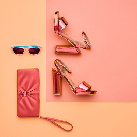 Minimal. Pastel Art Colorful Style. Glamor fashion Metallic Pink shoes Heels. Trendy Sunglasses fashionable Handbag Clutch. Luxury Shiny Party lady. Zdjęcie Seryjne