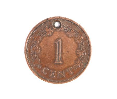 monet: Malta monet un centavo. Aislado en un fondo blanco.