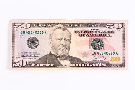 50 ドル紙幣のクローズ アップ。白い背景上に分離。