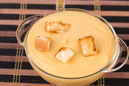 meatless: Pea soup with crouton close up Stock Photo
