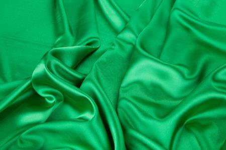 tela seda: Tela de seda verde con algunos pliegues suaves