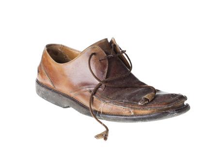 Alter Schuh. Isoliert auf dem weißen Hintergrund. Standard-Bild - 54423839