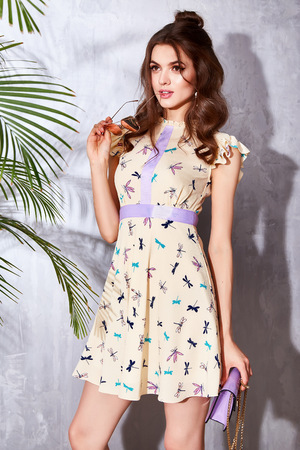 Beautiful sexy woman wear fashion design dress glamour style model pose elegance business casual celebrity lady party time accessory trend bag brand sunglasses luxury life palm and summer collection 版權商用圖片 - 60533230