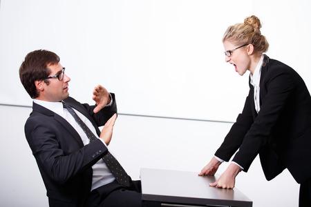 female boss: Chefin verr�ckt f�r Mitarbeiter