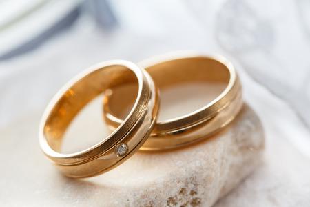 婚禮: 結婚戒指 版權商用圖片