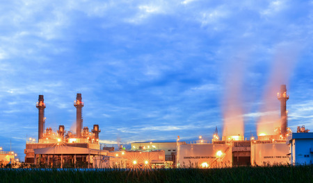 Gas turbine electric power plant with sunset