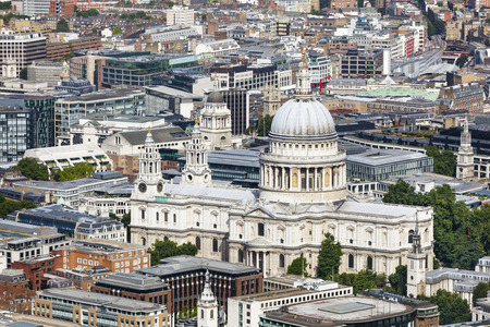 st pauls: High angle view of St. Pauls Cathedral in London