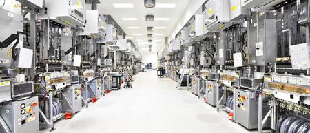 ハイテク工場 - 太陽電池の生産 - 機械およびインテリア