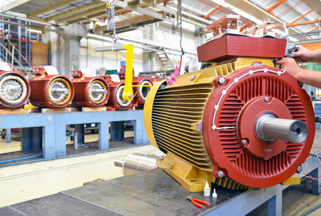 architecture and equipment of a factory for mechanical engineering: assembly of electric motors Reklamní fotografie - 105744987