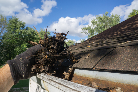 Cleaning Gutters Out