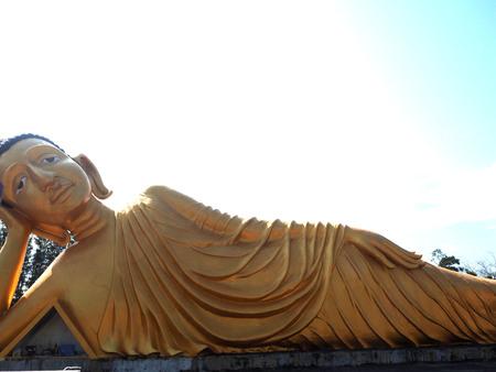 thai believe: Reclining Buddha Stock Photo