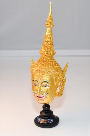 pantomima: Pantomima, m�scara Khon �ngel en estilo tailand�s nativo