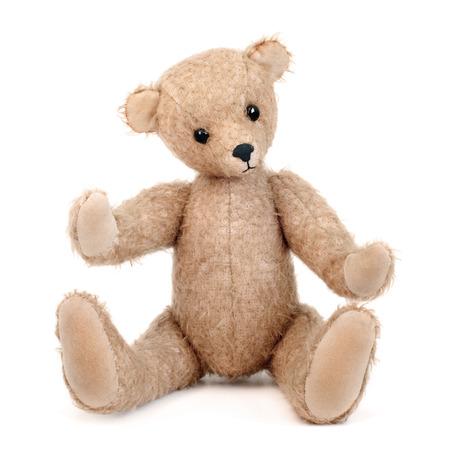 oso blanco: Hecho a mano del oso de peluche aislado en el fondo blanco
