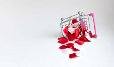 shopping basket with decorative hearts
